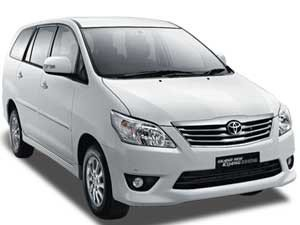 toyota-kijang-innova-rental-car-with-driver-in-bali-auto-car-rental